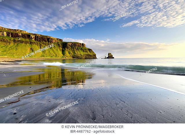 Sea and beach in Talisker Bay, cliffs and rocks, Isle of Skye, Scotland, United Kingdom