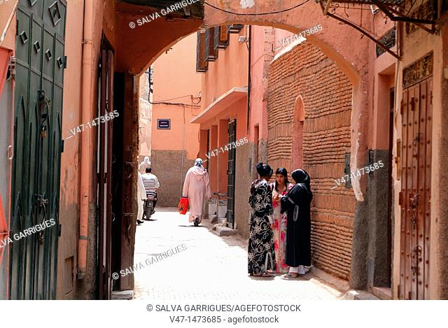 Girls, Traditional dress, Medina, Marrakech, Morocco, Africa