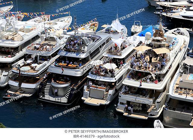 Viewers on yachts in Port Hercule, Formula 1 Grand Prix Monaco 2015, Principality of Monaco