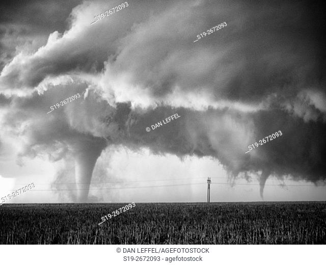 Tornado Near Dodge City Kansas