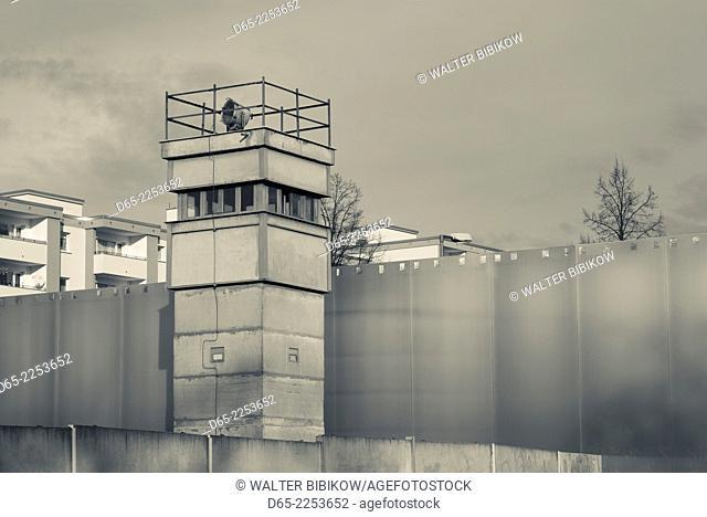 Germany, Berlin, Prenzlauer Berg, Berlin Wall Memorial, former watchtower