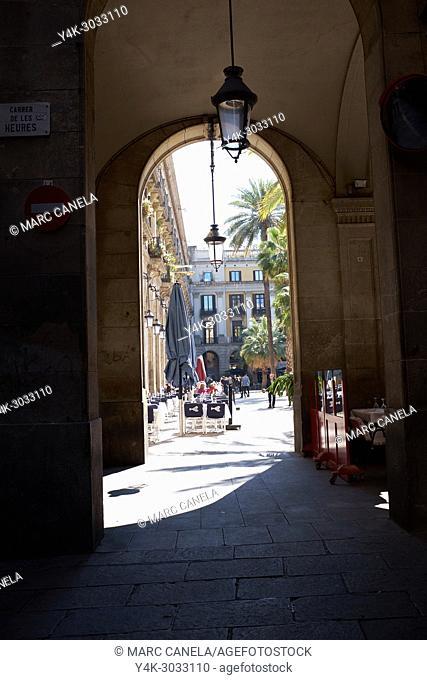 Plaça Reial (Plaza Real), Barcelona, Spain