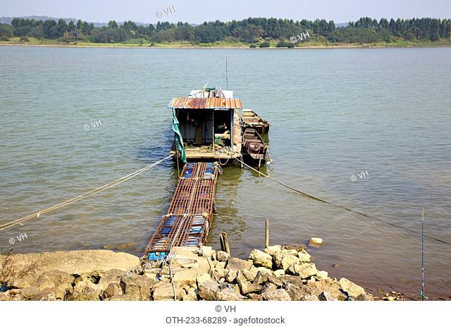 West Jiangkong waterway, Junan Town, Shunde, Guangdong, China