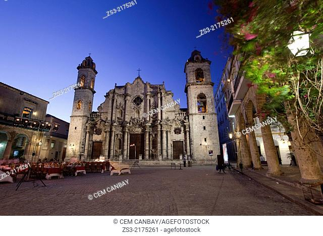 Cathedral of San Cristobal by night, Havana Vieja, Old Havana District, Havana, Cuba, West Indies, Central America
