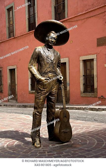 Bronze statue of a Mexican with his guitar, City of Guanajuato, Guanajuato, Mexico