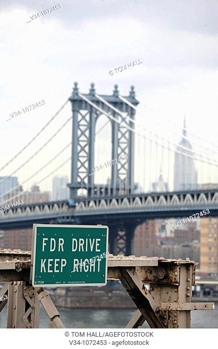 Manhattan Bridge and Enpire State building