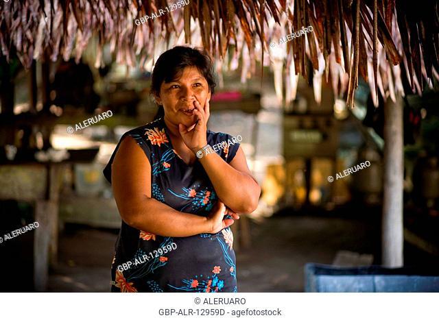 Woman, Nova Canaã Community, Cuieiras River, Amazônia, Manaus, Amazonas, Brazil