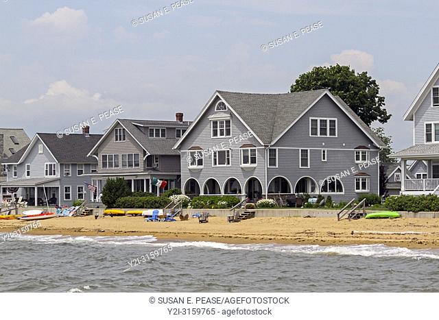 Beachfront homes in Madison, Connecticut, United States