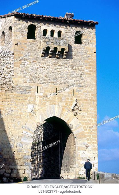 Sant Mateu gate. Morella. Els Ports. Castellon. Spain