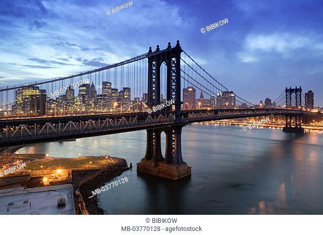 USA, New York city, Manhattan,  Skyline, Brooklyn bridge,  Twilight America, North America, city, metropolis, district,  Lower Manhattan, view at the city