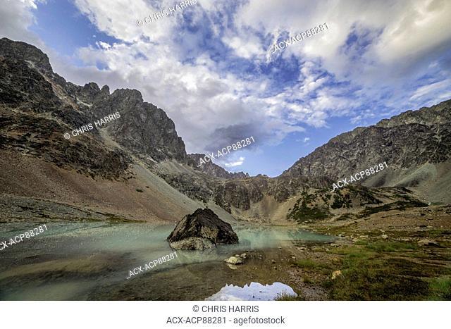 Canada, British Columbia, Chilcotin, alpine lake, Niut Range, Coast Mountains