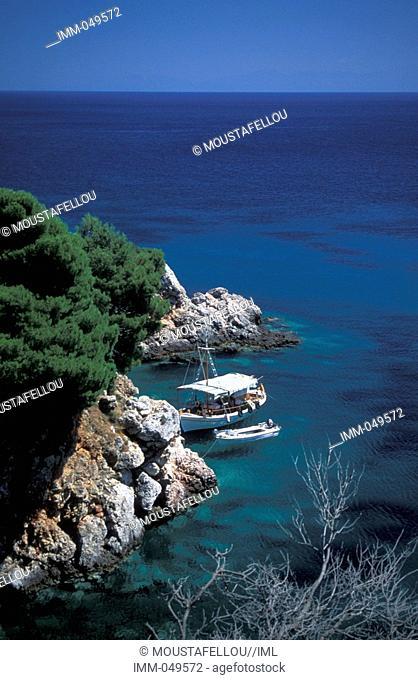 Sporades, Skopelos Staphylos, coast, boats
