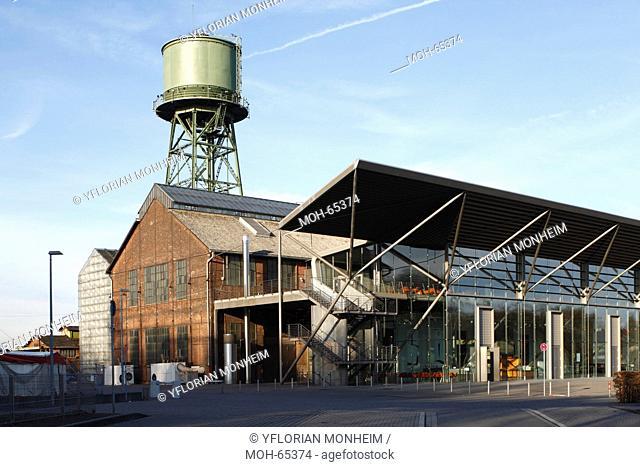 Als Ausstellungshalle des Bochumer Vereins für die Düsseldorfer Gewerbeausstellung 1902 gebaut und anschließend als Gebläsemaschinenhalle für die Hochöfen des...