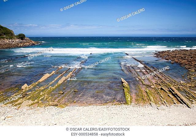 Playa de Getaria con marea baja