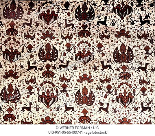A fine modern batik kain panjang made in the Yogyakarta kraton, incorporating the sidoasi pattern