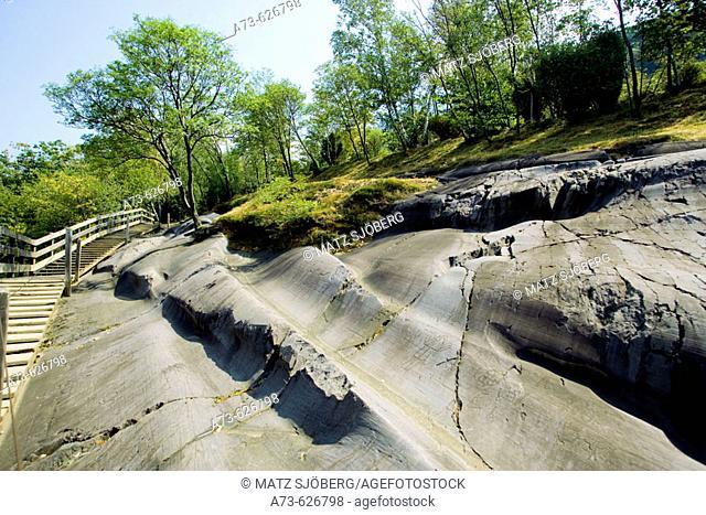 Parco Nazionale delle Incisioni Rupestri (National Park of Rupestrian Engravings), the Rock 35. Capo di Ponte. Lombardia-Valcamonica. Italy