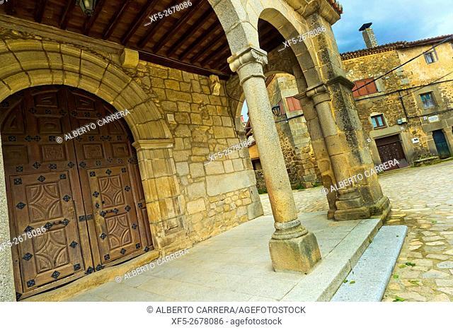 Parish Church, 13th-18th century, Spanish Property of Cultural Interest, Medieval Town, Historic Artistic Grouping, San Martín del Castañar, Salamanca