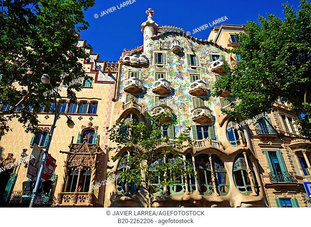 Casa Batlló by Antoni Gaudí architect 1904-1906. Passeig de Gracia. Barcelona. Catalonia. Spain