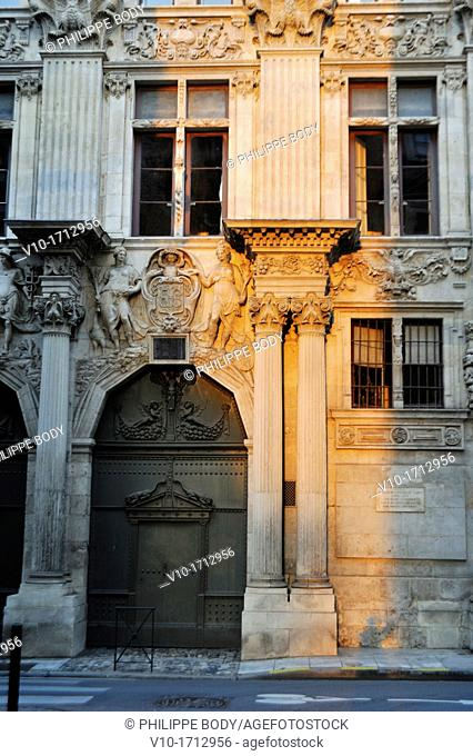France, Haute Garonne, Toulouse, frontage of the private Hotel of Pierre also called de Clary, on Dalbade street