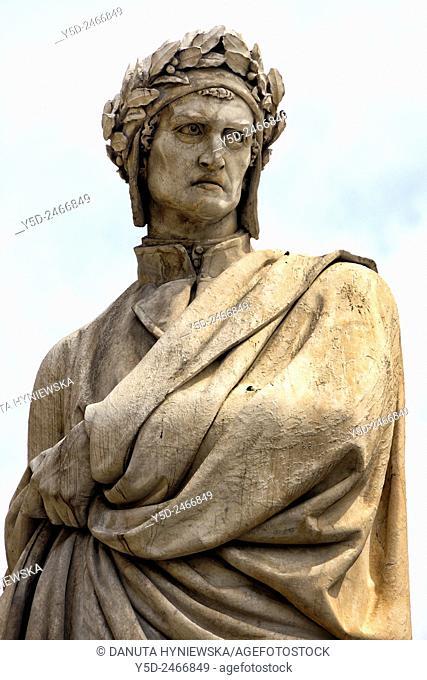 Statue of Dante Alighieri, Piazza Santa Croce, Florence, Tuscany, Italy, Europe