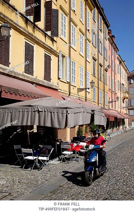 Italy, Emilia Romagna, Modena, town street