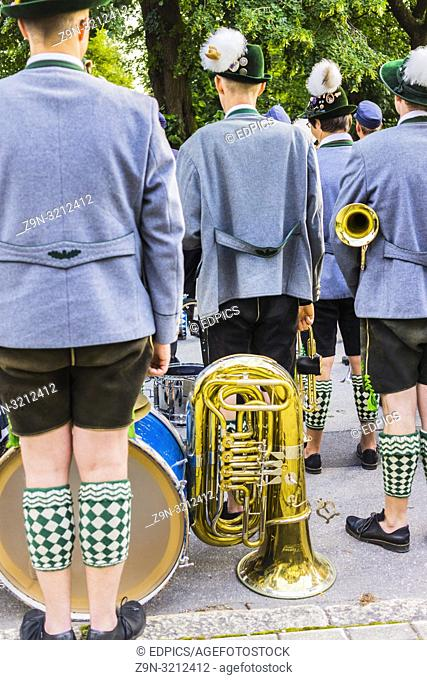 bavarian marching band dressed in traditional garment on the occasion of the- partenkirchner festwoche- during the traditional parade, garmisch-partenkirchen
