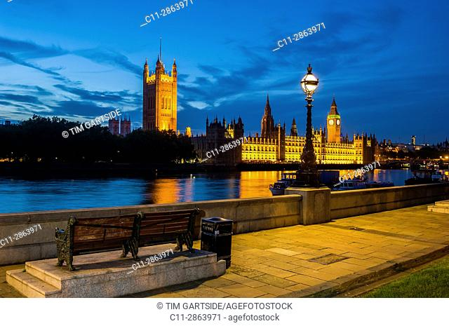 big ben; westminster; houses of parliamen;t night; london; england ;uk;