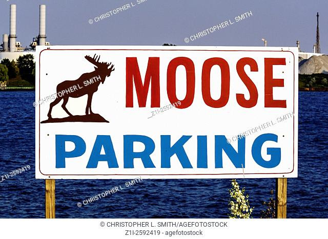 Moose parking sign