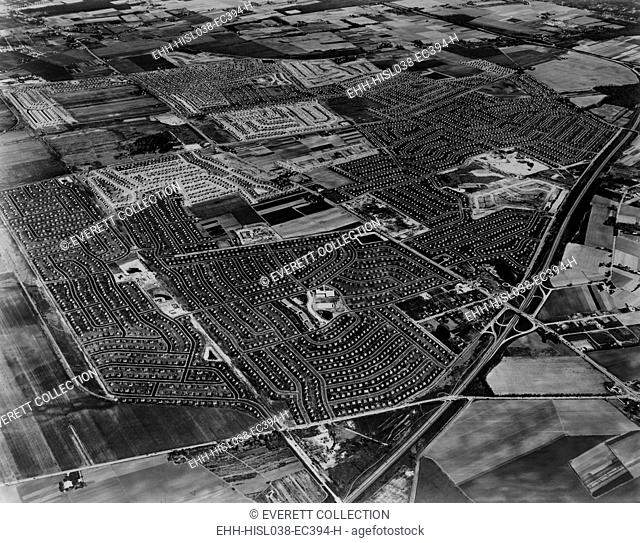 Aerial view of Levittown housing development on Long Island, New York. 1954. (BSLOC-2014-13-144)