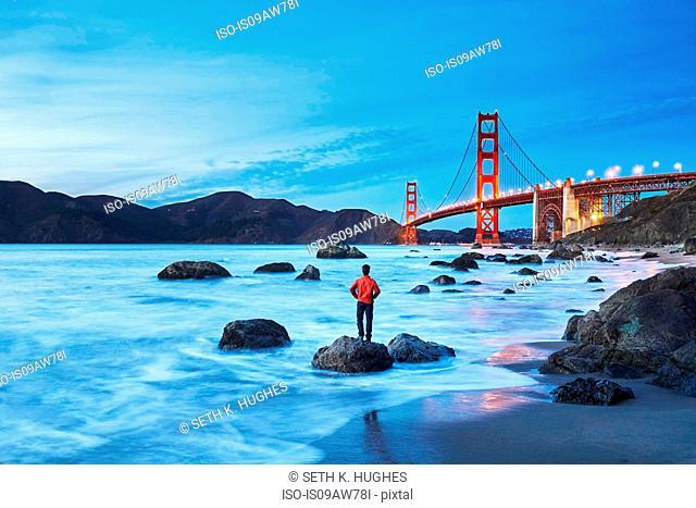 Golden Gate Bridge by dusk, San Francisco, California