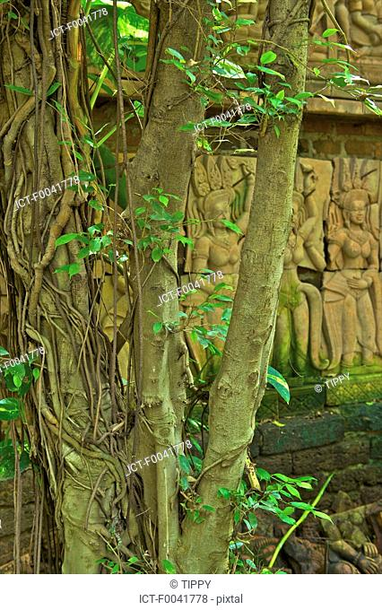 Thailand, Chiang Mai, baan phor liang meun, terracotta arts