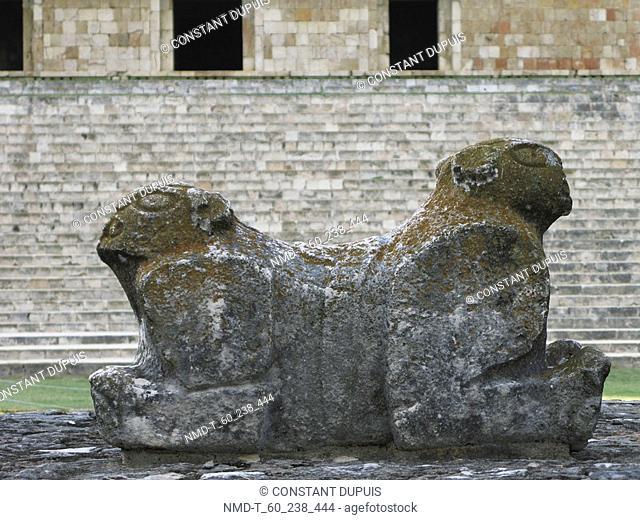 Throne in front of stone wall, Jaguar Throne, Palacio De Govierno, Uxmal, Yucatan, Mexico
