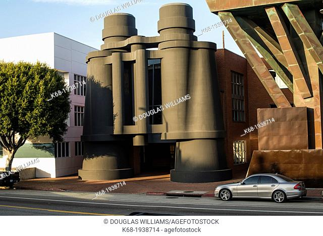 The Binoculars Building, originally the Chiat/Day Building, Venice, now occupied by Google, Los Angeles, California, USA