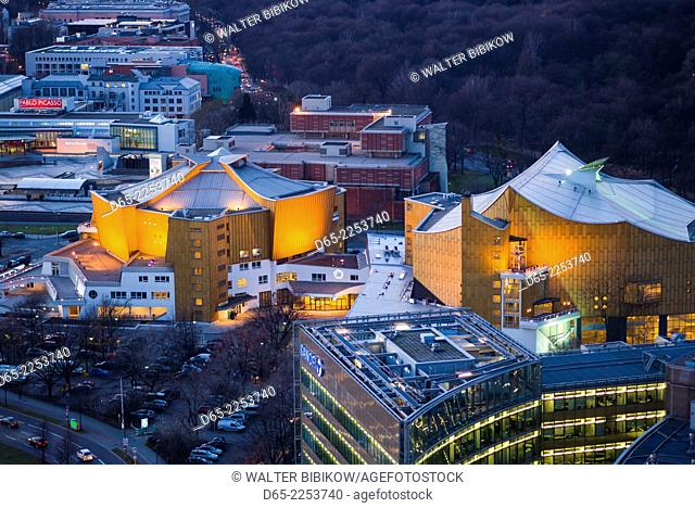 Germany, Berlin, Mitte, Panorama Punkt-Potsdamer Platz, elevated view towards the Philharmonie, concert hall, dusk