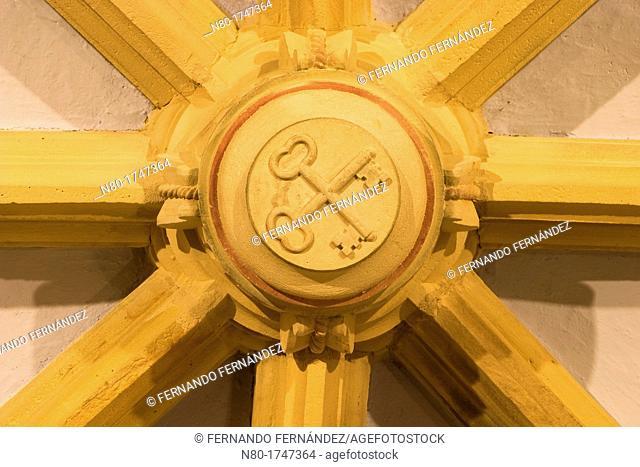 Clave de la Iglesia de Santa Cruz S  XVIII  Inguanzo  Cabrales  Parque Nacional Picos de Europa  Asturias  Spain