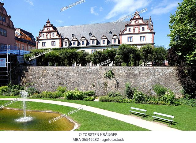 Moat with Darmstadt castle, today part of the University of Technology of Darmstadt, TU Darmstadt, Darmstadt, Hesse, Germany, Europe
