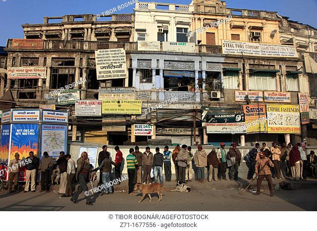 India, Delhi, Old Delhi, Chawri Bazar, street scene