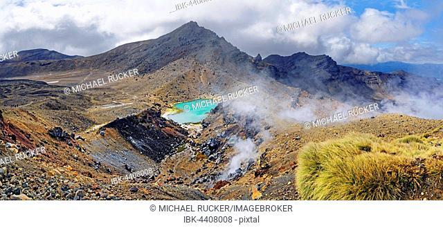 Volcanically active smoky landscape with green Emerald Lakes, Tongariro National Park, Manawatu-Wanganui, North Island, New Zealand