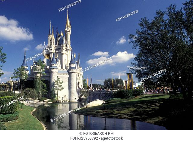 Magic Kingdom, Disney World, FL, Cinderella Castle, Orlando, Lake Buena Vista, Florida, Cinderella Castle in the Magic Kingdom at Walt Disney World in Lake...