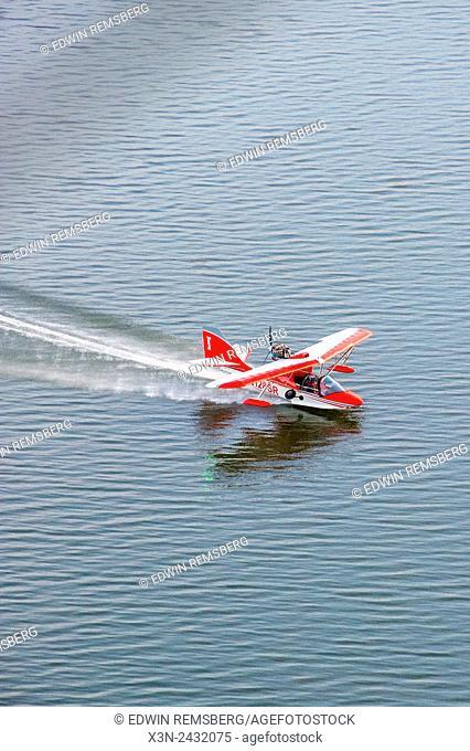 Searey, a small seaplane landing on the Chesapeake Bay, in Maryland, USA