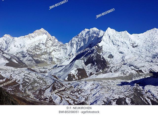 Makalu, Baruntse, view from Nangkar Tshang near Dingboche, Nepal, Himalaya, Khumbu Himal