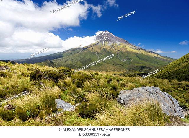 Mount Taranaki volcano, Pouakai Range, Egmont National Park, Taranaki Region, New Zealand