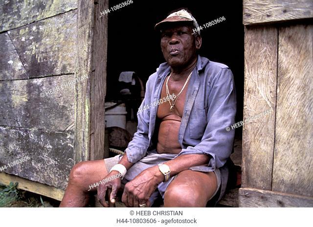 Dominica, elderly man, local, Man, Merrill hole kind, , person, portrait, Roseau, sitting, Caribbean