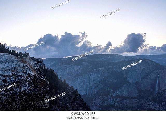 Elevated view of mountains at dawn, Yosemite National Park, California, USA