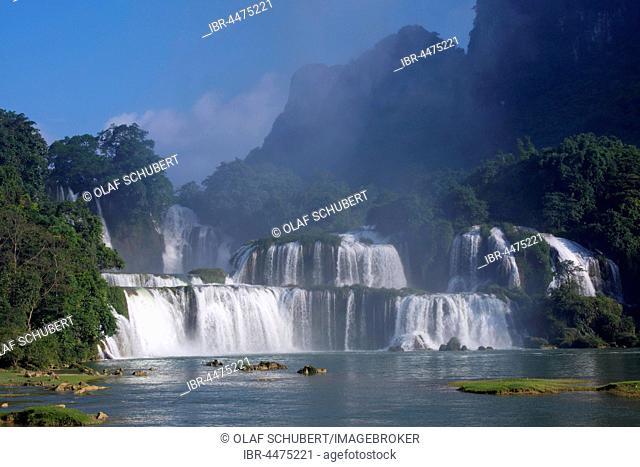 Ban Gioc Detian waterfalls, Cao Bang province, North Vietnam, Vietnam