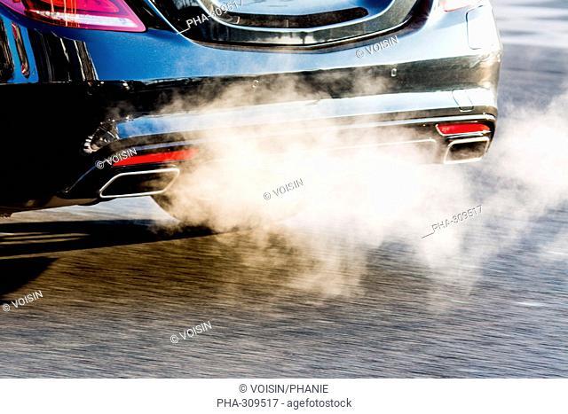 Motor vehicle exhaust gases