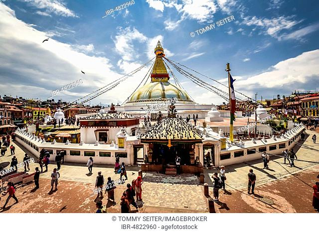 Boudhanath Stupa with believers, Boudha, Kathmandu, Nepal