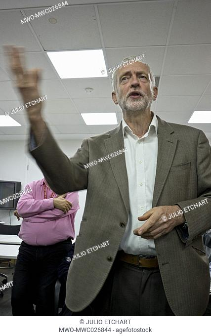 London,UK.20th September 2016. Momentum supporters and phone-bank volunteers listen to Jeremy Corbyn at Unite Union HQ in London