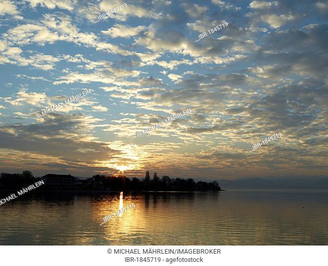 Sunrise over Langenargen, Lake Constance, Baden-Wuerttemberg, Germany, Europe