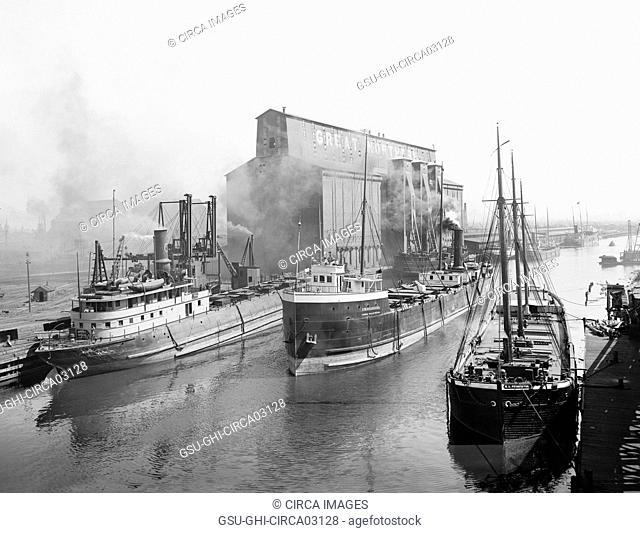 Great Northern Elevator and Cargo Ships, Buffalo, New York, USA, Detroit Publishing Company, 1900